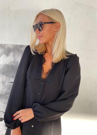 Мини платье с кружевом черный