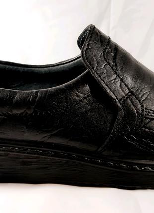 Кожаные туфли TIGINA, стиль комфорт. 40,43,45.