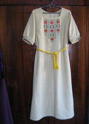 Платье вышиванка из натуральной ткани, вышивка ручная по полотну