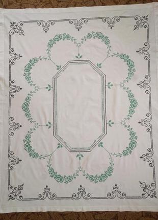 Скатерть ручной работы из домотканого полотна с вышивкой 150х125
