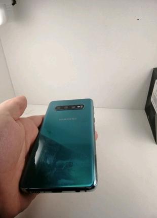 Samsung Galaxy S10 G973  8/128Gb Black ,Green