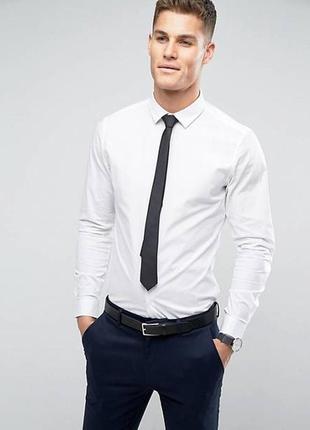 Узкий галстук матовый, стальной.