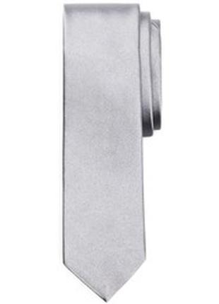 Серебристый, узкий галстук, глянцевый, стальной.