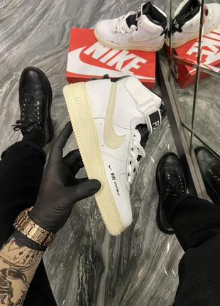 Кроссовки Nike Air Force 1 High Utility White Light Cream.