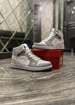 Кроссовки Nike Air Jordan Retro High Zoom.