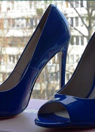 Женские туфли Миратон