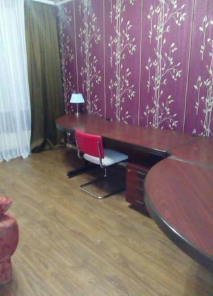 Сдам 3-х квартиру на Алексеевке, на 11 этаже 12-этажного дома.