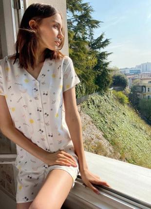 Пижама домашняя одежда кофточка и шорты