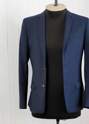 Мужской синий cтильный приталенный пиджак от бренда river isla...