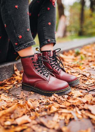 "Шикарные кожаные ботинки сапоги dr.martens 1460 ""cherry red"""