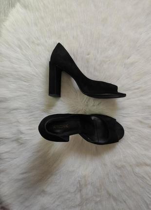 Черные натуральные замшевые туфли босоножки с открытым носком ...