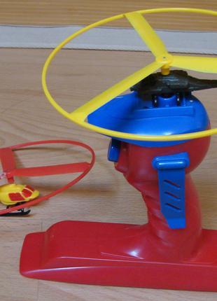 """Іграшка-вертоліт на ручці-""""пістолеті"""""""