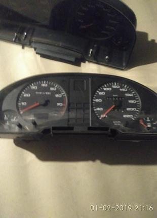 Приборка з тахометром Audi B3-B4
