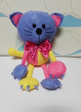 Кот с бантом мягкая игрушка
