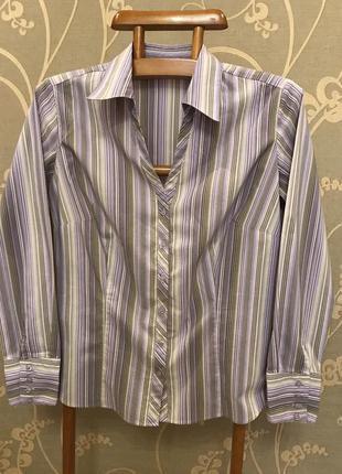 Очень красивая и стильная брендовая рубашечка в полоску.