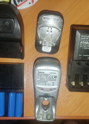 Зарядные устройство для аккумуляторов АА/ААА, крабик, жабка, СЗУ)