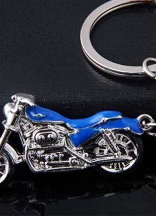 Брелок. Мотоцикл. Шлем.