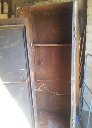 Ящик - сейф под садовый инструмент лодочный мотор и др.
