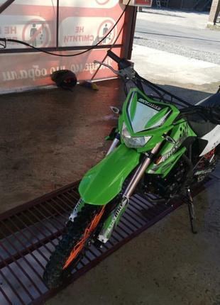 Мотоцикил CRDX