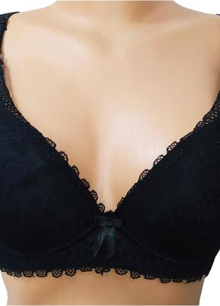 Бюстгалтер женский кружевной тонкий поролон Weiyesi черный 80D