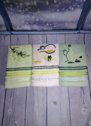 Кухонное полотенце оливка