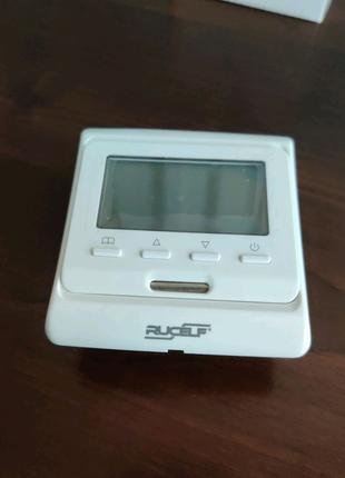 Программируемый термостат для теплого пола