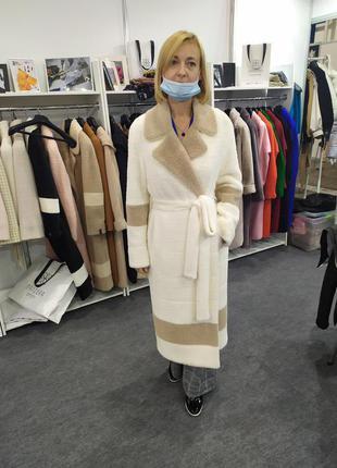 Сногсшибательное пальто из итальянской ангоры