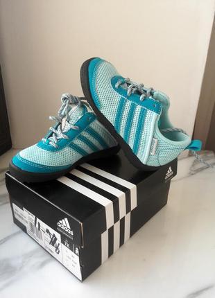 Adidas оригинал! детские дышащие кроссовки, размер 24