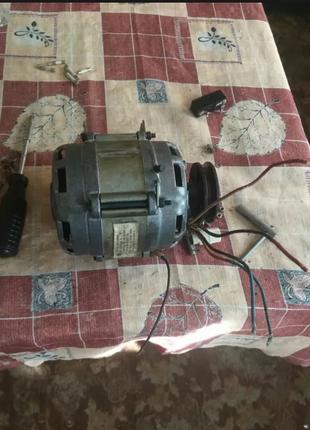 Советские двигателя 2 шт от стиралки, стиральной машины