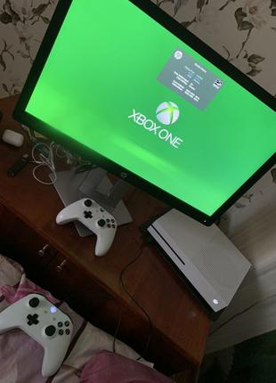 Топ Xbox One S 1tb 2 джостіка куча ігор. Підписка Обмін