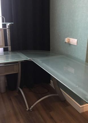 Стеклянный компьютерный стол Офисный
