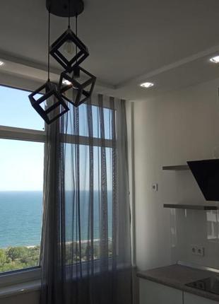 Сдам квартиру на Каманина с видом на море.