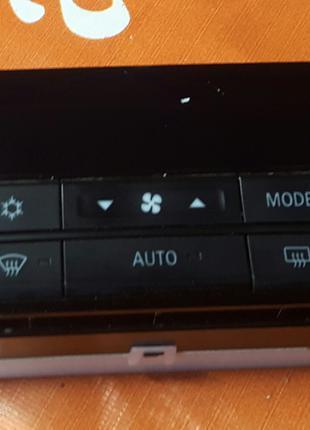 Блок управления климат-контролем Mitsubishi Outlander III
