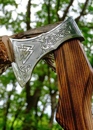 Топор «Валькнут» для дров