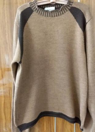Шерстяной свитер размер м