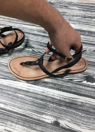 Качественные кожаные босоножки flip-flop gabor !