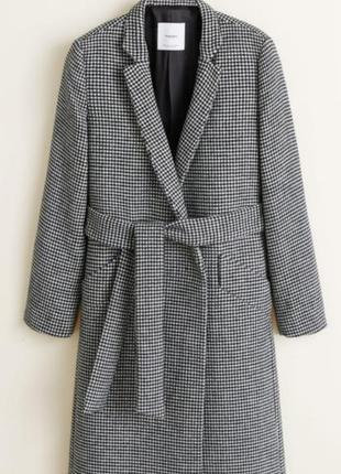 Пальто с запахом Mango