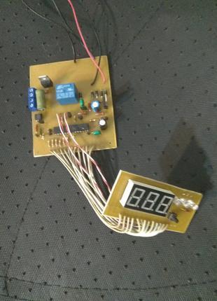 Терморегулятор для инкубатора с фазоимпульсным регулированием Вид