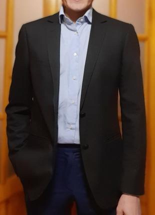 Мужской пиджак черного цвета esprit размер m (40-46)