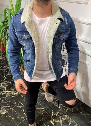 Мужская джинсовая куртка с овчиной