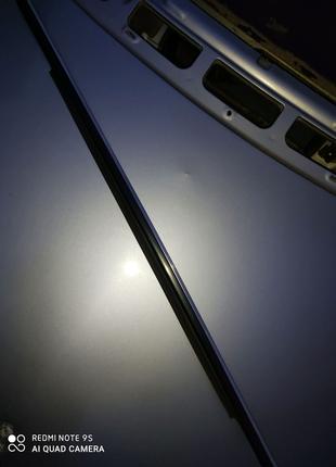 A1697351565 Молдинг стекла задней левой двери Mercedes W245 B200