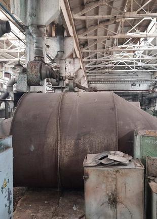 Бункер для цемента и сыпучих материалов , бочка , емкость