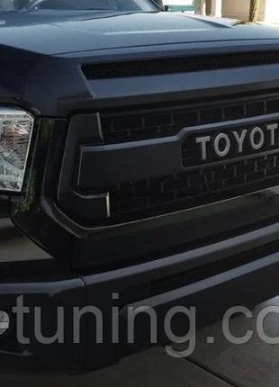 Решетка радиатора Toyota Tundra (14-17) стиль TRD