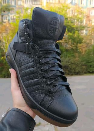 Ботинки кроссовки мужские зима на меху