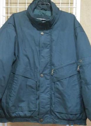 Мужская осенняя куртка хорошего качества