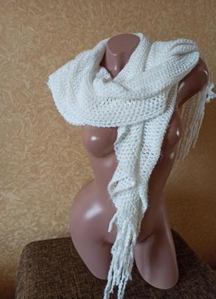 Шарф молочного цвета, красивый шарфик