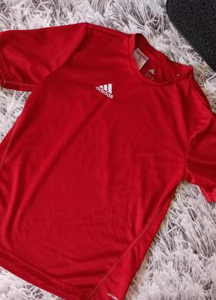Футболка спортивная adidas красная, футболка adidas climate кр...