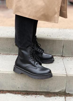 Шикарные женские ботинки dr martens 1460 mono black без хутра ...