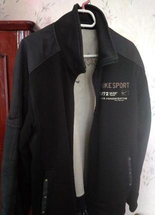 Куртка осенняя мужская Nike. 54 размер.
