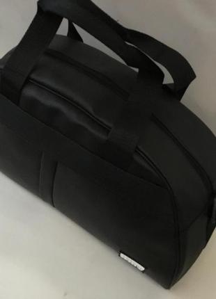 Спортивная дорожная сумка из экокожи